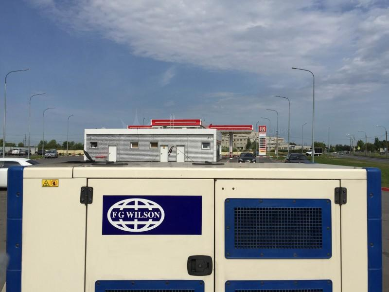 ООО «Энергетическая компания «Сияние» обеспечивает круглосуточное обслуживание, ремонт дизельных электростанций, заправку топливом, а так же предоставляет дизельные электростанции в аренду